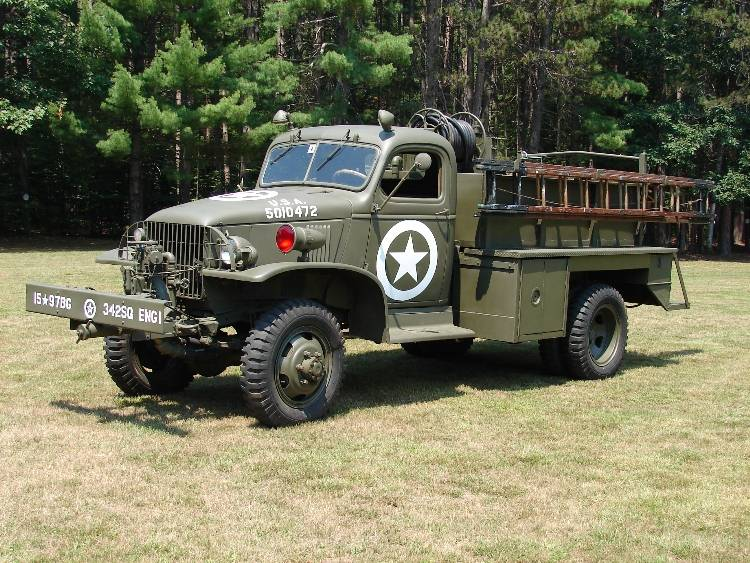 Gmc Cckw 6x6 Truck also 182032143121 further Retired fire furthermore World as well 13 Things I Found On The Inter  Today Vol Cxviii. on 1947 mack fire truck